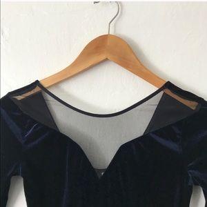 H&M Dresses - Velvet dress Sz 4